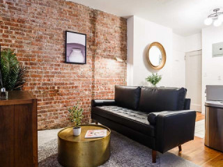 Private Room in Beautiful SoHo Home #111 C