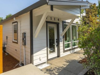 New 2 Bed/1 Bath House w/ WD - Furnished or...